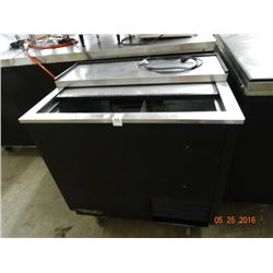 "36"" True 2 Slide Door Bottle Box"