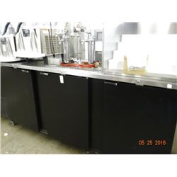 Asbor 8' 3-Door 7 Tap Refrigerated Keg Cooler