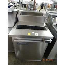 "Commercial 27"" Refrigerated Sandwich Prep"