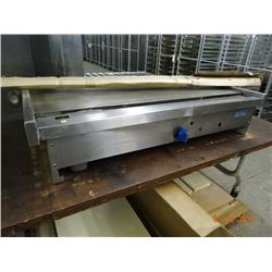 Royal S/S Gas 4' Flat Grill