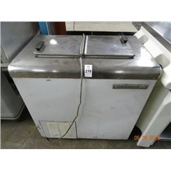 Kelvinator 2' Fliptop Frozen Dip Cabinet Tested to 12deg