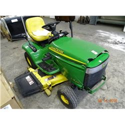 John Deere LX 279 Riding Mower - Hood Damage (Plastics)