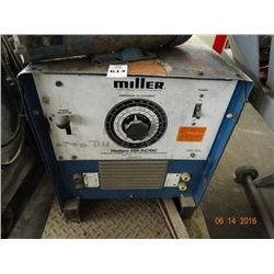 Miller Dialarc 250 AC/DC Arc Welder On Cart