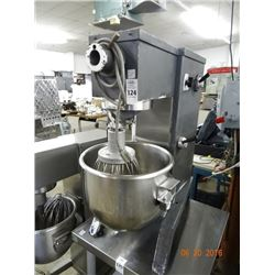 Commercial 20 Qt. Mixer w/Bowl &  Whip