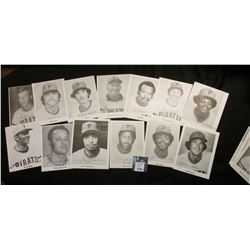 (33) Autographed Photo Baseball Cards. Uniface.