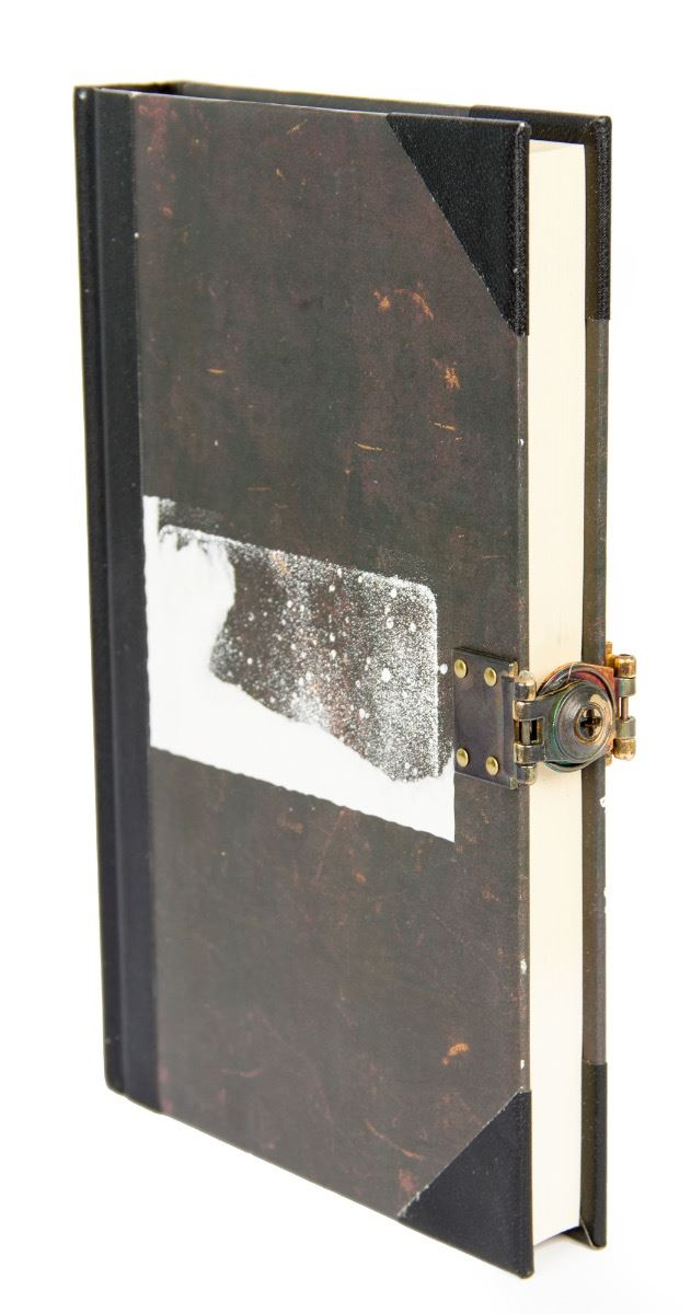 Book Cover Photography Prop : R l stine jack black locked book from goosebumps
