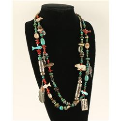 Dine Storytellers Necklace