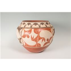 "Santo Domingo Pueblo Pot, 13"" x 16"""