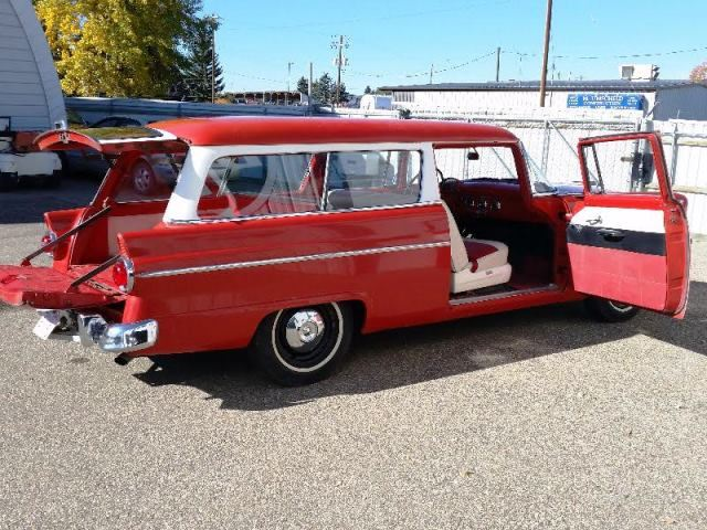 Friday night no reserve 1955 ford ranch wagon super for 1955 ford 2 door wagon