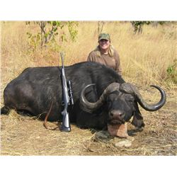 10-day South Africa Cape Buffalo Hunt for One Hunter and One Non-hunter