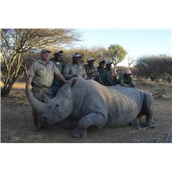 4-day Namibia White Rhino Vita Dart Hunt for Two Hunters – One White Rhino per Hunter