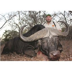 7-day South African Cape Buffalo Hunt for One Hunter and One Observer—Includes $5,000 Credit Towards