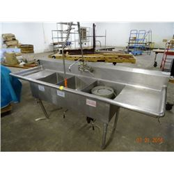 S/S 8' 3-Comp Sink w/Drain Levers
