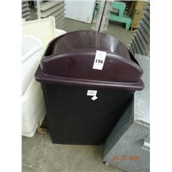 Winco Lidded Trash Can