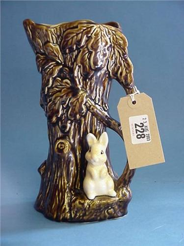 Large Sylvac Vase No4242 Tree With Rabbit