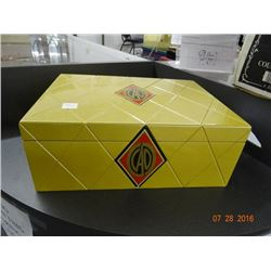 CAO Humidor Gold Special Edition - Some cover nicks