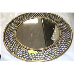 Large gold color round mirror 26 diameter kastner auctions for Large round gold mirror