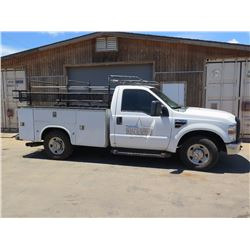 08 Ford F250 XL Super Duty V8 (Lic. 501 TTE) w/Knapheide Truck Body, Racks