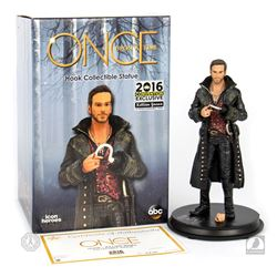 Once Upon a Time San Diego Comic Con 2016 Exclusive Captain Hook Statue Signed by Colin O'Donoghue