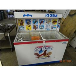 Commercial Frozen Ice Cream Merchandiser - Working