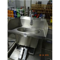 Eagle Lever Operated Hand Sink