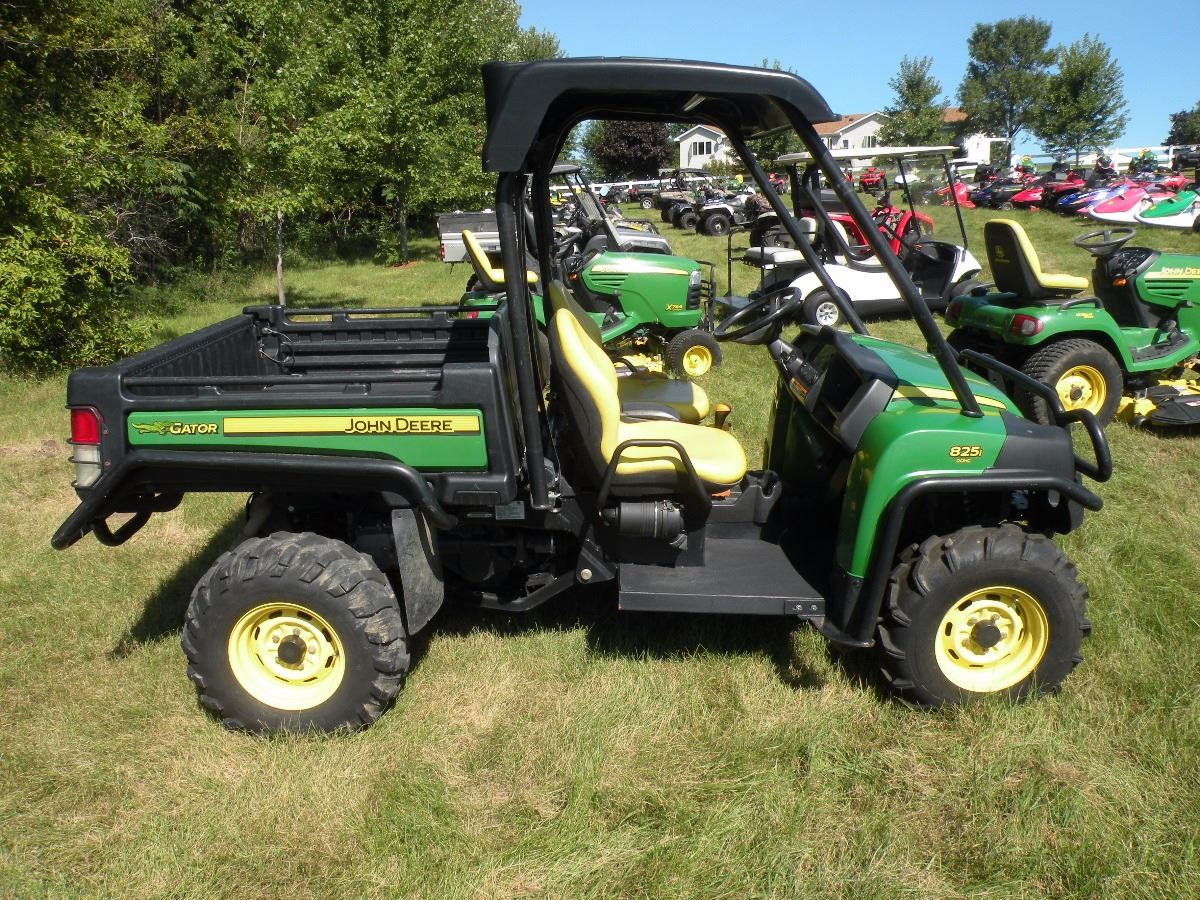 2010 john deere 825i gator xuv 4x4 sn 1m0825gsham014048. Black Bedroom Furniture Sets. Home Design Ideas