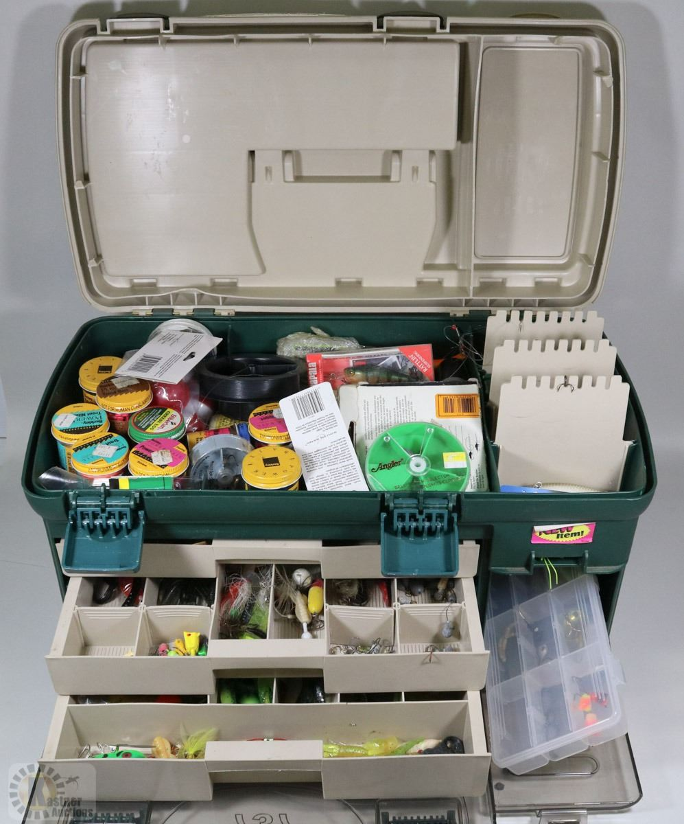 Large fishing plano tackle box contents for Large tackle boxes for fishing