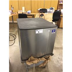 MANITOWAC SD0322A ICE MAKER WITHOUT STORAGE