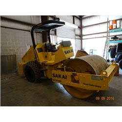 SAKAI  SV412D DSL, Vibrating Roller, Manual Traction Control, Shows Only 441.4 Hrs. *Subject to P/O