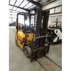 Hyundai HLF 25CII 5K Cap Cushion Tire Forklift w/Triple Mast, Sideshift & Lights