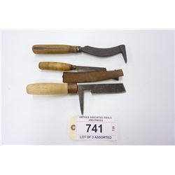 ANTIQUE ASSORTED TOOLS AND KNIVES