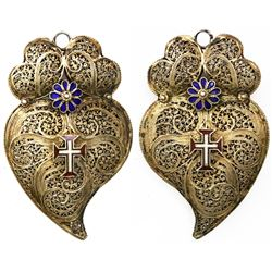 Gilt-bronze filigree heart pendant with enamel flowers and crosses, Portuguese, mid-1800s.