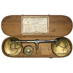 French balance scale for gold coins in walnut case, late 1700s-early 1800s.