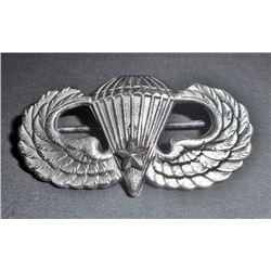 US ARMY AIRBORNE PARATROOPER JUMP WING W/ ONE BATTLE STAR