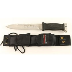 Schrade Extreme Survival Knife
