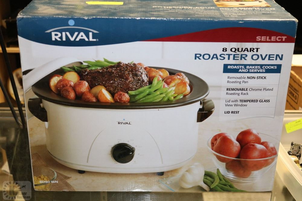Image 1 RIVAL 8QT ROASTER OVEN