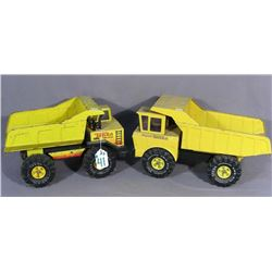 TWO VINTAGE METAL TONKA DUMP TRUCKS