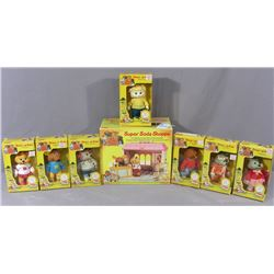 GROUP OF 8 VINTAGE TOMY GET ALONG GANG
