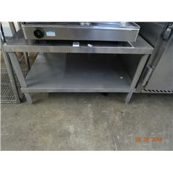 S/S 3' Equipment Stand w/Undershelf