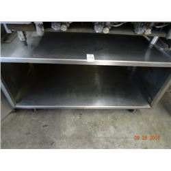S/S 3' Rolling Equipment Stand