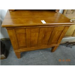 Large Oak Single Drawer Chest