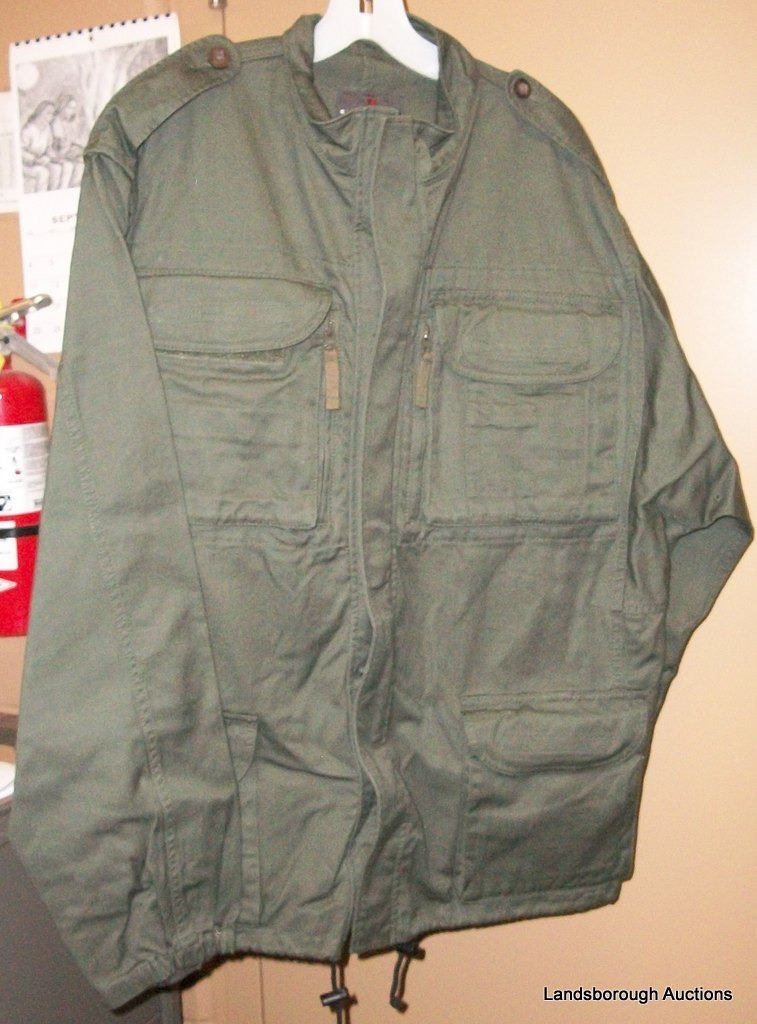 Clothing auctions online