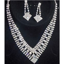 RHINESTONE NECKLACE AND EARRINGS SET