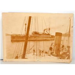VINTAGE PHOTO OF THE HENDERSON SHIP TAKEN FROM THE USS PITTSBURGH SHIP - 7X5
