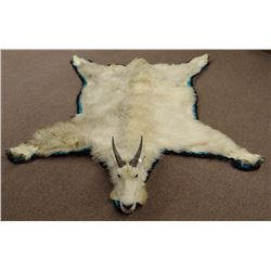 Mountain Goat rug mount