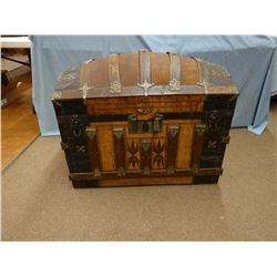 Camel back trunk, Indian design trim, fancy tray, very nice