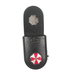 Resident Evil 6 Dr.Isaacs (Iain Glen) Umbrella Corp Thumb Drive Movie Props