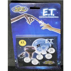 E.T. The Extra-Terrestrial 5 Medallion & Sticker Booklet
