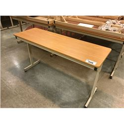 LOT OF 10 INSTITUTIONAL GRADE COMPUTER / CLASSROOM TABLES
