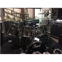 PEARL EXPORT SERIES 7 PIECE DRUM KIT WITH 5 DOUBLE HEADED TOMS, 23'' X 19'' KICK DRUM, PEARL EXPORT